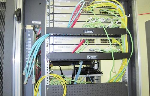 ネットワークラック設置工事